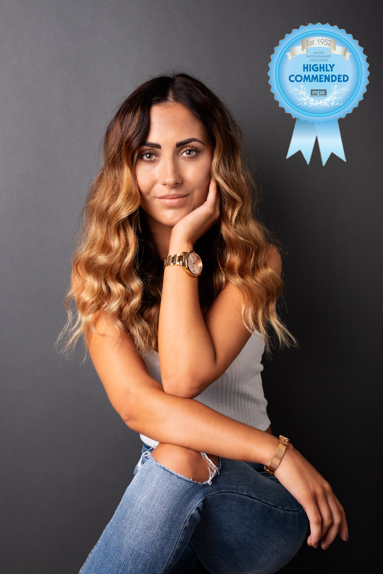studio-portrait-business-profile-photo-rosette